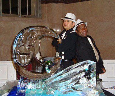 Wedding ice display