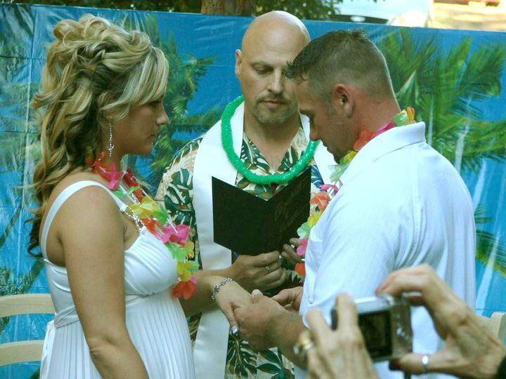 Brian and Elizabeth make their vows to each other.