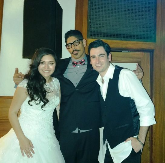The DJ with the couple