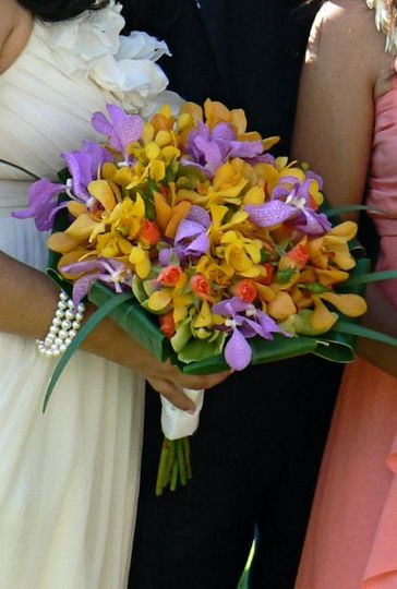 Tropical colors bouquet