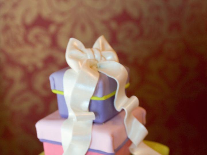 Tmx 1368720780466 Presentcake2 Sonoma, CA wedding cake
