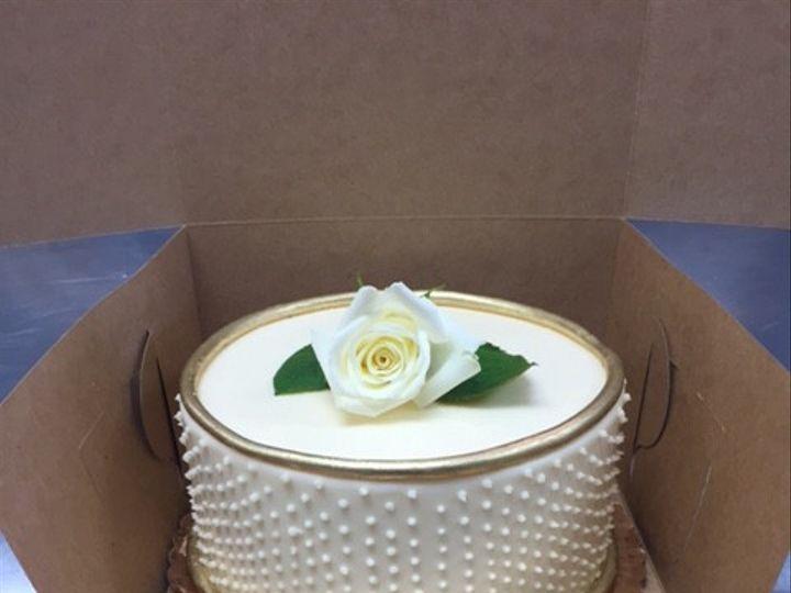 Tmx 1485449333401 Img2872 Elkridge wedding cake