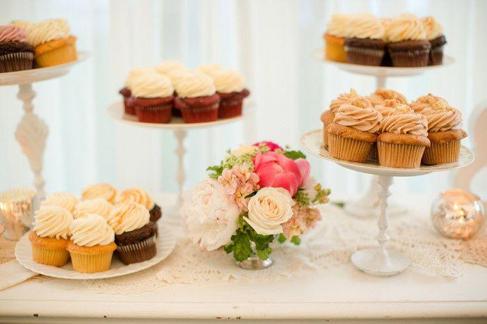 Tmx 1489673948011 Nautical Classic Wedding Theme Backyard Wedding464 Elkridge wedding cake