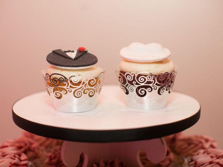 Tmx 1492108388697 Desiree Gary Wedding Desireegary Favorites 0076 Elkridge wedding cake