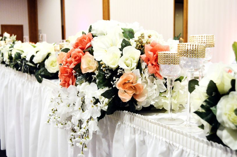 Head table flowers and glassware