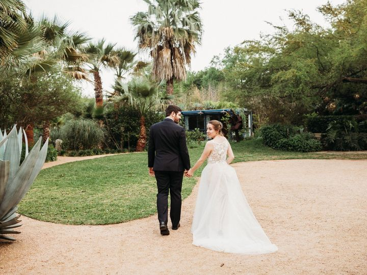 Tmx Harmon Wedding Bride And Groom 200 51 994668 158568912261644 San Antonio, TX wedding planner