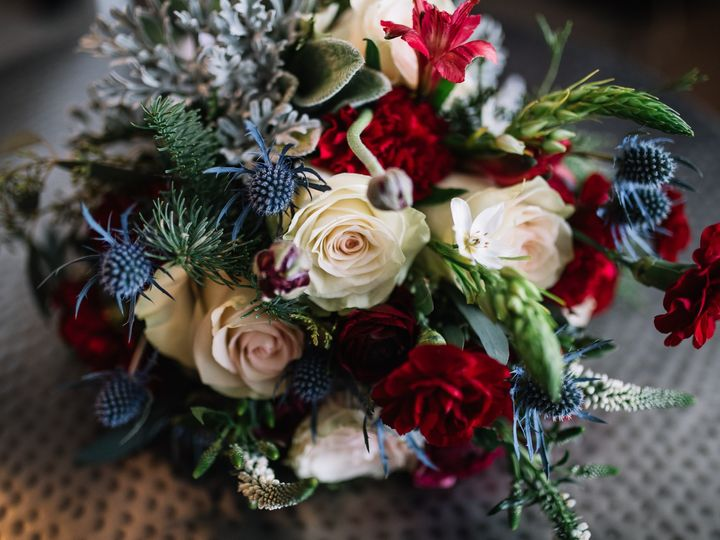 Tmx Fb Leah Kevin Wedding Noir 9 Creatives 0126 1927 51 906668 157927286843763 Durham, North Carolina wedding florist