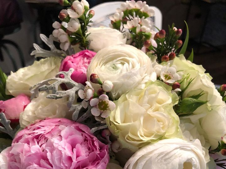 Tmx Img 6267 51 906668 157927287098806 Durham, North Carolina wedding florist