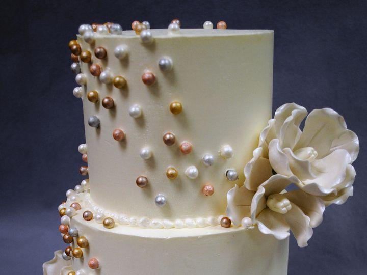 Tmx 1402783249274 Wedding Cake Sixlets White Flower Gold Silver Pink Chicago wedding cake