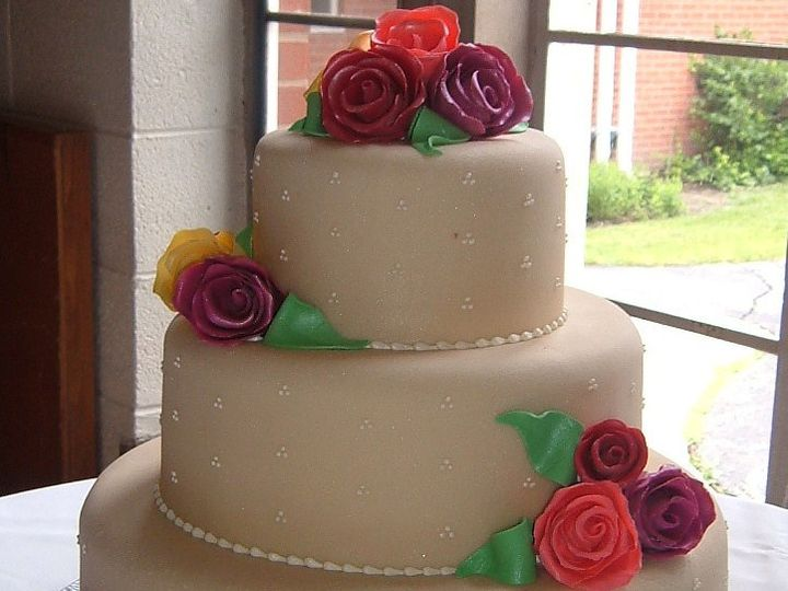 Tmx 1402955378970 Single Dots Marzipan 2 Chicago wedding cake