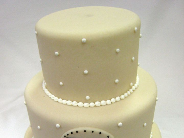 Tmx 1402955420588 Marzipan With Monogram And Dots Chicago wedding cake