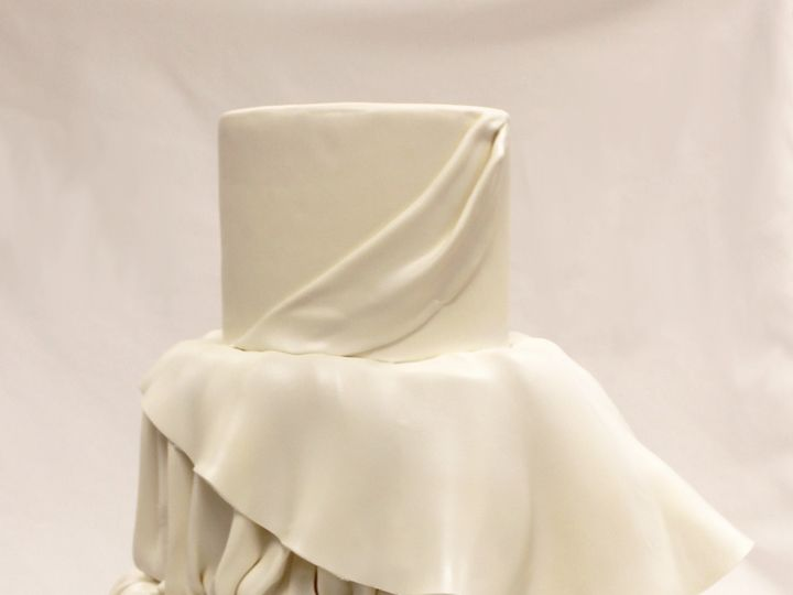 Tmx 1437752846011 3tot White Fondant Wedding Cake Peplum Rouched Dra Chicago wedding cake