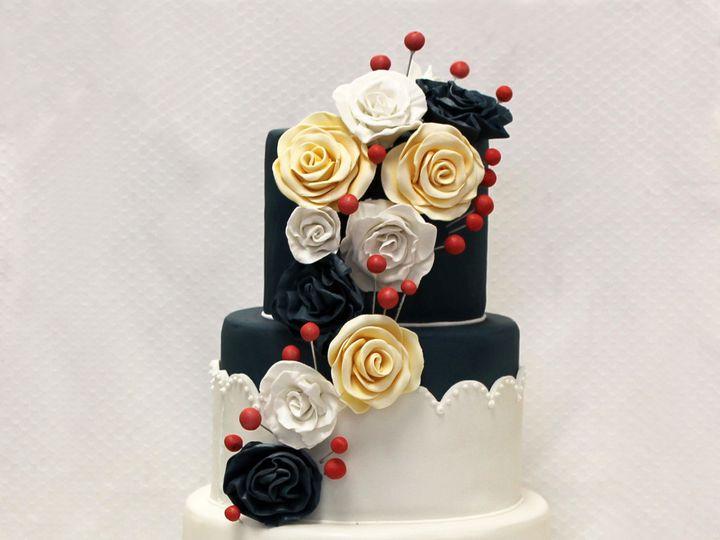 Tmx 1437753587541 3tot Navy  White Fondant Flowers Wedding Cake 7 Chicago wedding cake