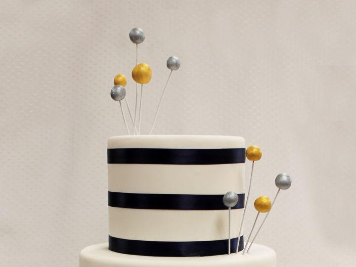 Tmx 1437753736595 Wedding Display 2015 3tot White Fondant Navy Drum  Chicago wedding cake