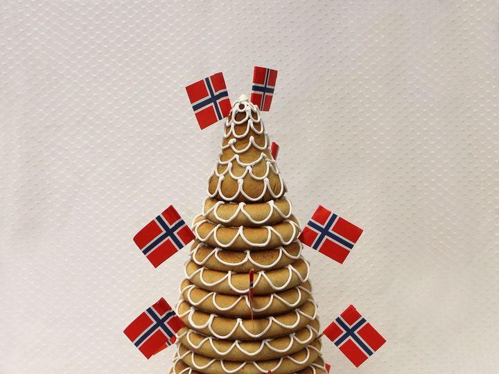 Tmx 1437753895614 Kransekage Norwegian Flag White Icing Wedding Cake Chicago wedding cake