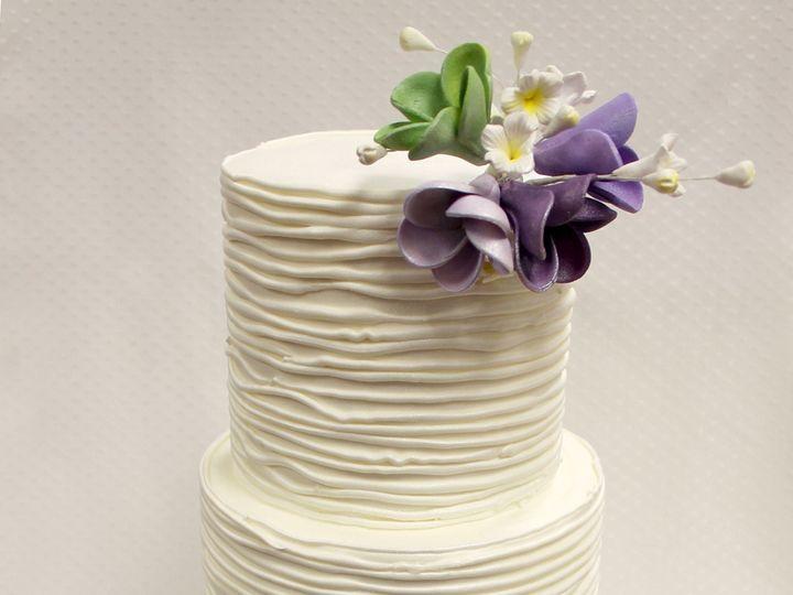 Tmx 1470857310655 3tot White  Purple Flower Wedding Cake 8 Edit2 Chicago wedding cake