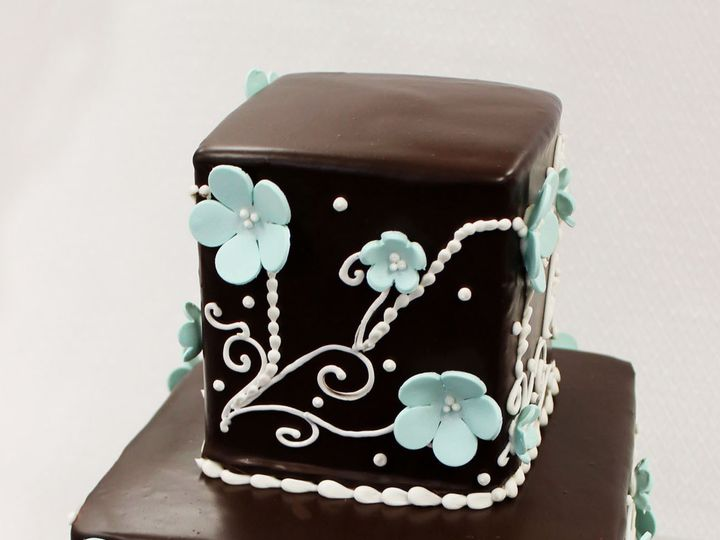 Tmx 1470925529858 Wedding Cake Ganache 2tot Light Blue White Pansy D Chicago wedding cake