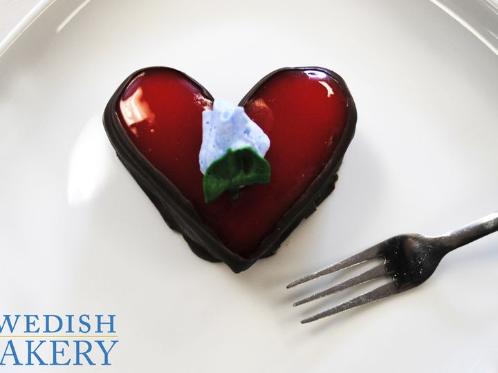 Tmx 1470931299035 Strawberry Almond Heart Petit Fours Chicago wedding cake