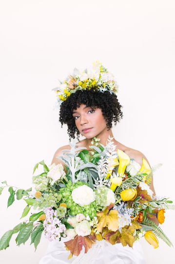 A floral crown and bouquet