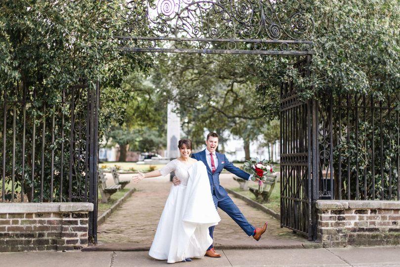 downtown charleston wedding pictures alyssa peet photography charleston wedding photographer 51 991768