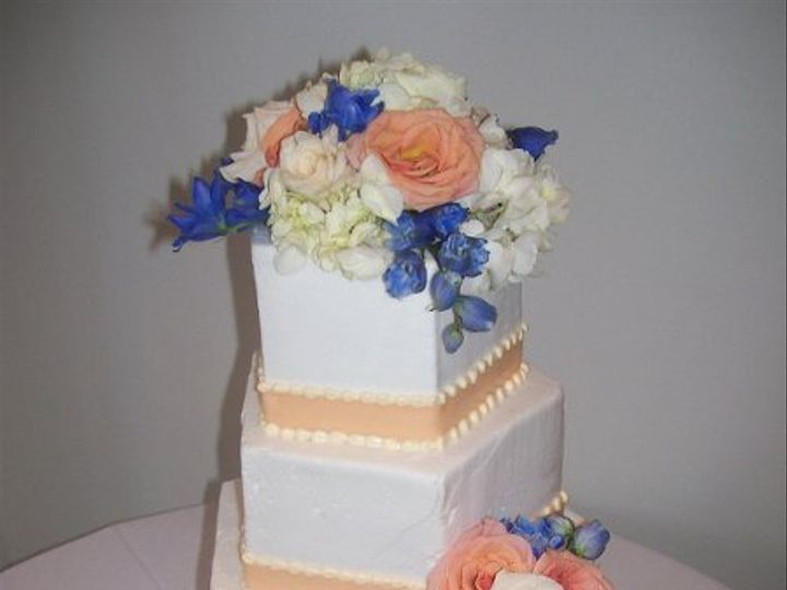 Tmx 1239935979312 C010 Exeter wedding cake