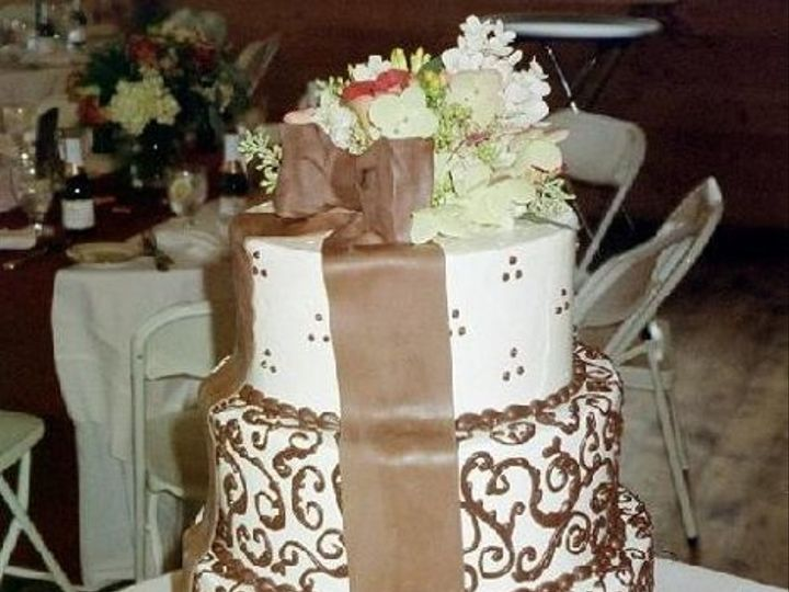 Tmx 1239935983859 Achocolatefiligree Exeter wedding cake