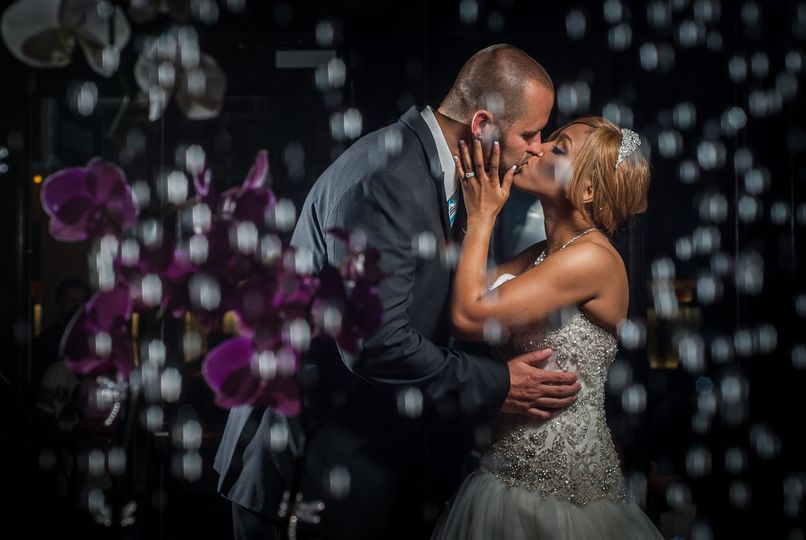 Their wedded kiss - Walstonphoto