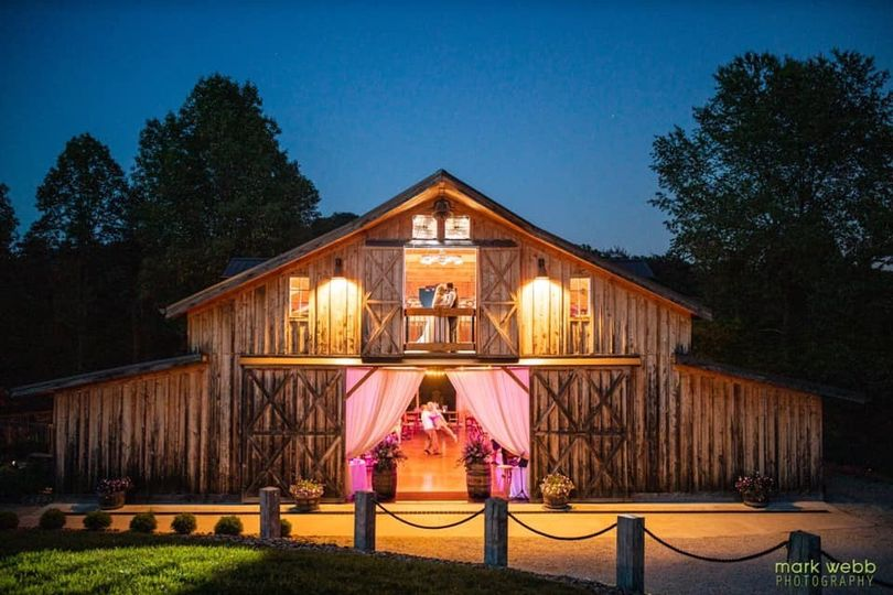 barn at night white wedding 51 1005768 1565703815