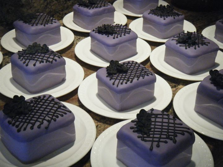 Tmx 1370489442052 Dscf2981 Penngrove wedding cake