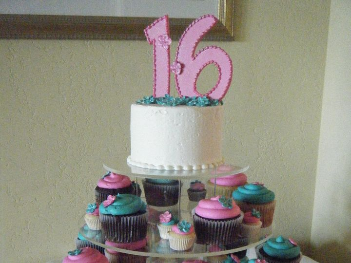 Tmx 1370489547556 Dscf3827 Penngrove wedding cake