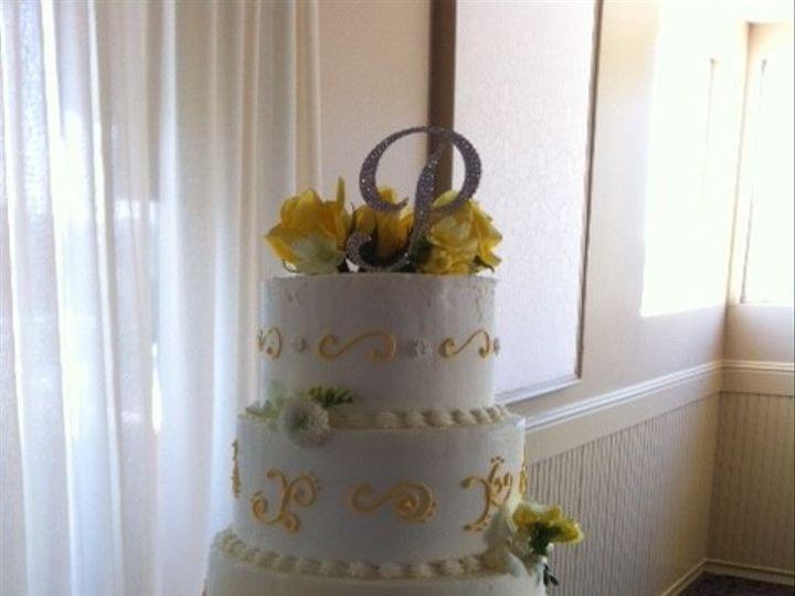 Tmx 1370489665558 Cakewithbase Penngrove wedding cake