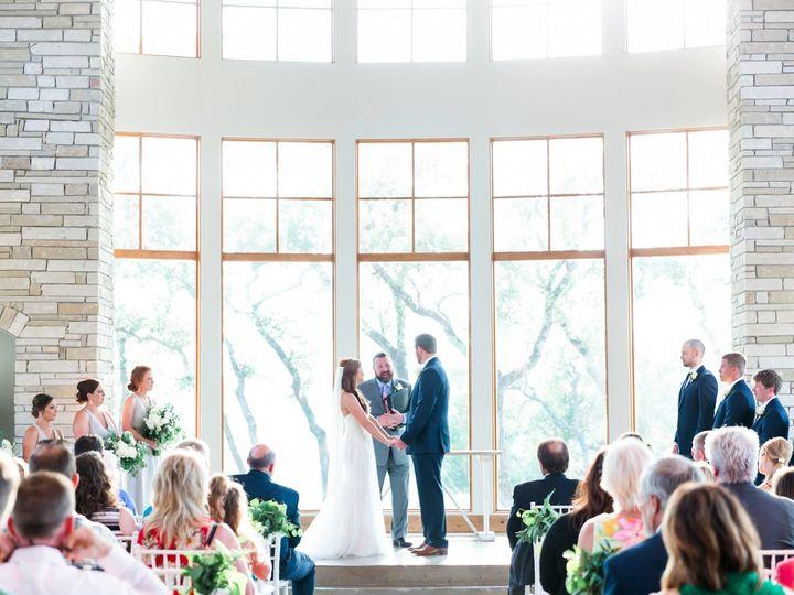 Tmx 1527112771 164e71c5ae8a1b12 1527112769 4b568e5644070b95 1527112770427 13 Lindsay Everett Round Rock, Texas wedding officiant