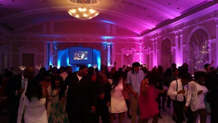 giddens wedding crowd
