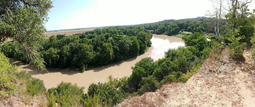 202 acres alongside the Colorado River
