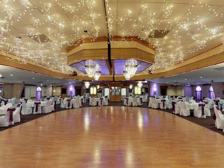 Tmx 1518210286 9a166284e966c43b 1518210282 5ae788134ff8720f 1518210272605 10 QqtMEbmYanS   Dan Akron wedding venue
