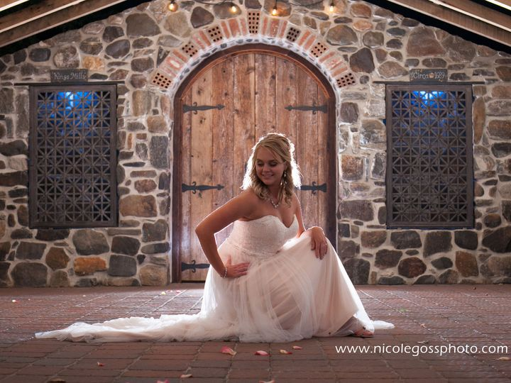 Tmx 1516718304 C0a015ea066e9c24 1516718302 B1fc60c3e6702d17 1516718296829 4 031 Chalfont wedding photography