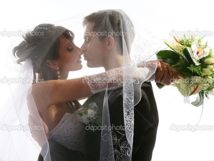 Tmx 1428593613605 Depositphotos2084379 Kissing Couple Wedding Portra Perry Hall, Maryland wedding transportation