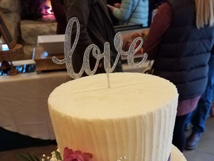 Tmx 1532992045 F113e782fd2f1ac1 1532992041 9bf25a5e4e2872b5 1532992020147 14 20180224 114920 Snohomish, Washington wedding cake