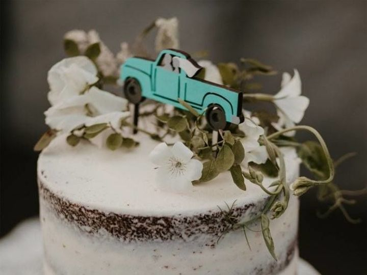 Tmx 1536473633 009479f0c811bcdd 1536473632 Cd3e76224ebbacf3 1536473627716 14 IMG958912001 Snohomish, Washington wedding cake
