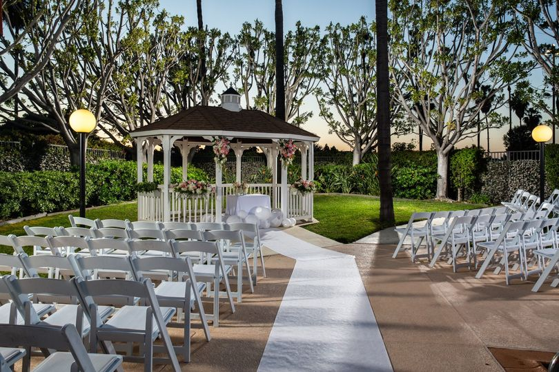 Gazeboo wedding venue