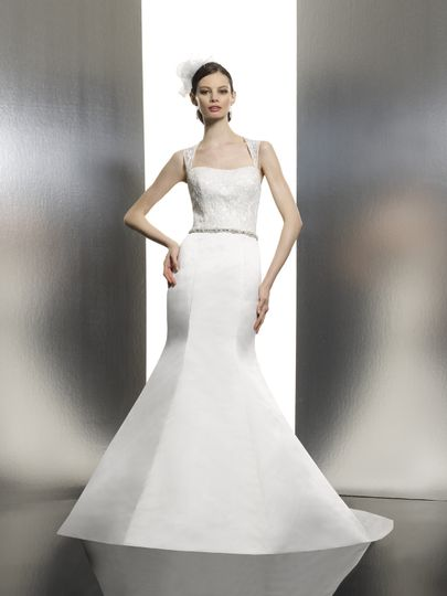 Moonlight Bridal - Dress & Attire - Irvine, CA - WeddingWire