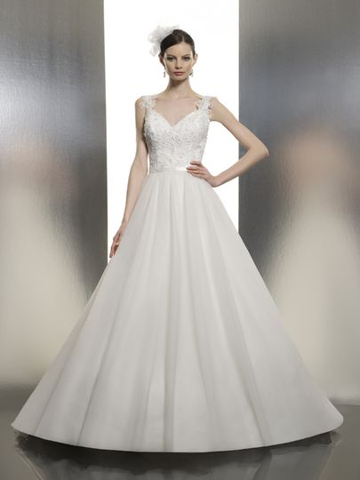 T634  Chantilly lace embellishes the bodice, while lace appliques create straps on the sweetheart...