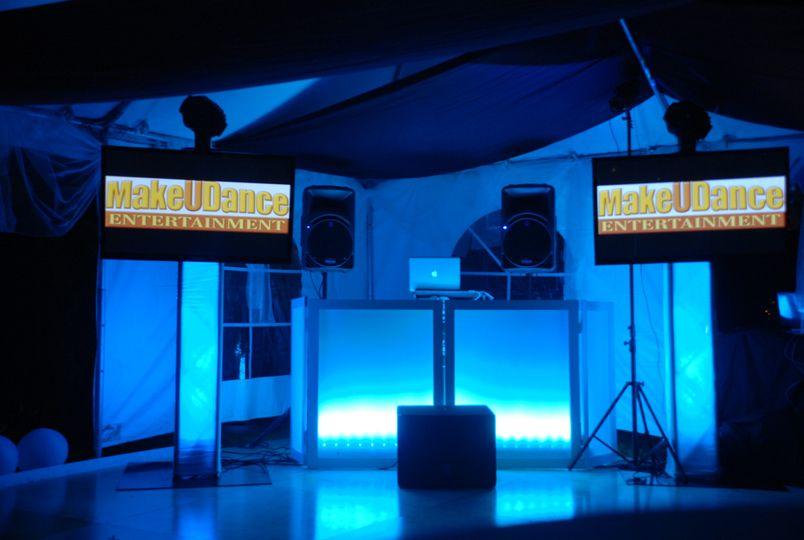 makeudance uprights and lit frontboard and screens