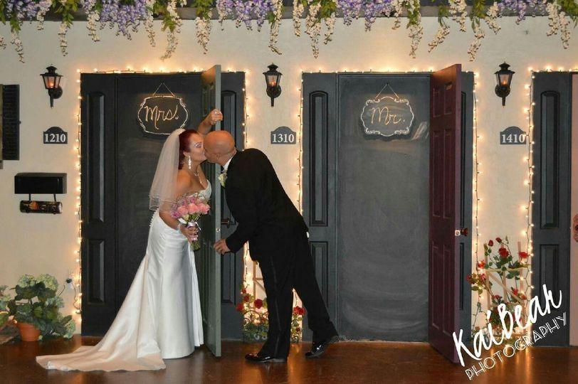 doors kiss