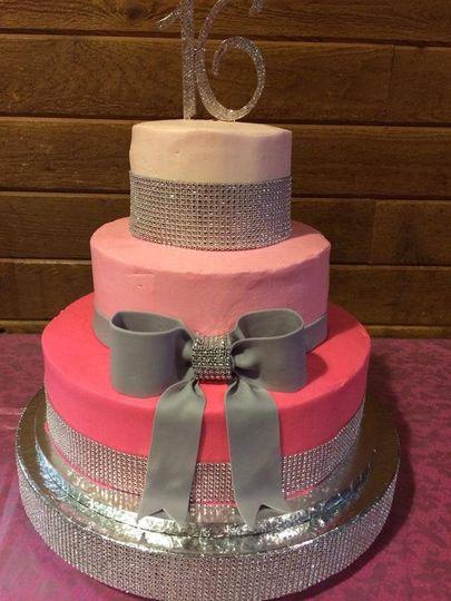 butterdreamery bake shop wedding cake liverpool ny weddingwire. Black Bedroom Furniture Sets. Home Design Ideas