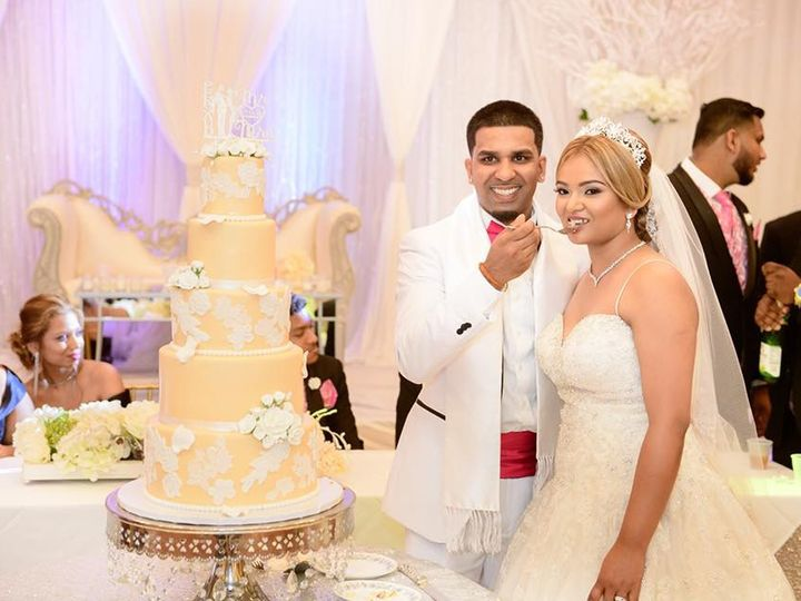 Tmx 41147364 2691843904374400 2349739666627887104 N 51 914968 1555427736 Queens Village, NY wedding cake