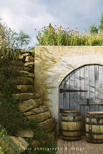 cottage winery decor 2