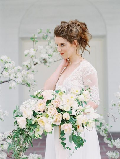 Springtime Wedding Inspiration. Photo: Gaby Jeter