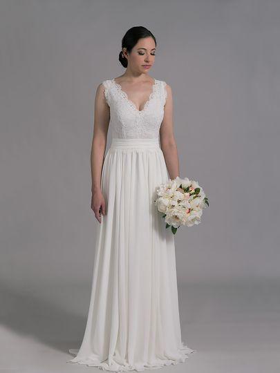 Tulip bridal dress attire issaquah wa weddingwire for Tulip wedding dress style