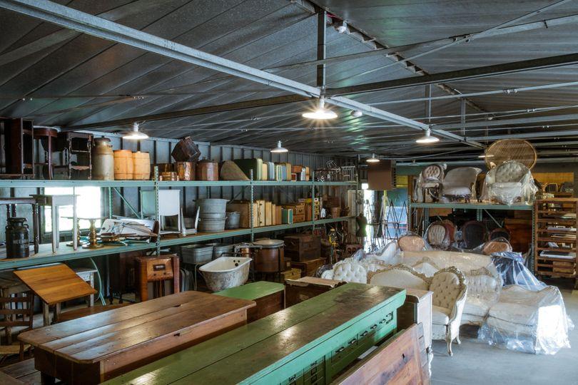 a la crate warehouse 2